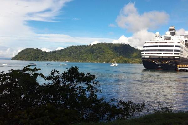 Además de recuperar la llegada de barcos y crucerista a Limón, Costa Rica pretende afianzar el turismo de cruceros en la faja del Pacífico, en puertos como Golfito. Foto: Archivo