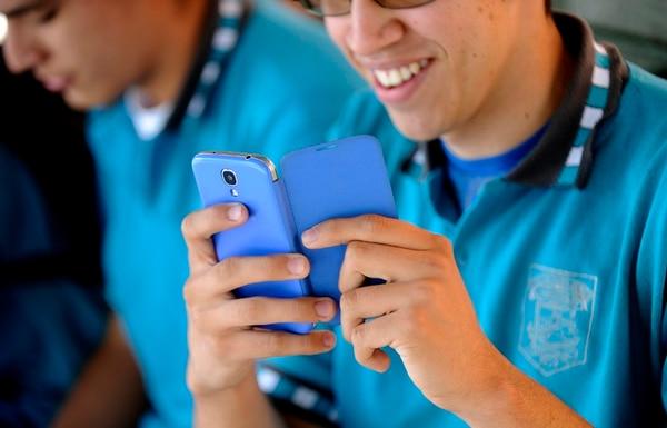 El MEP pretende que uso del celular durante clases se convierta en una herramienta de aprendizaje y no en un enemigo de los educadores.