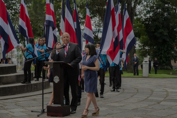El presidente de la República, Luis Guillermo Solís, habló del caso del cemento chino durante los actos conmemorativos del 196 aniversario de la independencia.