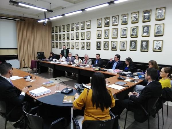 La comisión especial que tramita el expediente 21.116, de Reforma general del Reglamento de la Asamblea Legislativa, rechazó este lunes 4 de febrero las ocho propuestas del Gobierno para hacer cambios sobre dicho expediente. Foto: Yeryis Salas.