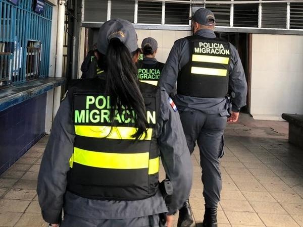 La captura de Urbina fue hecha por oficiales de Migración. Foto: Archivo/ Migración