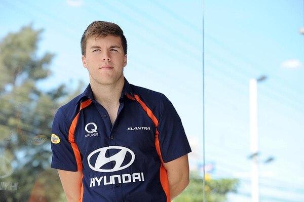 Danny Formal es la nueva figura del equipo de Hyundai. Él divide su tiempo entre carreras en Estados Unidos y Costa Rica.