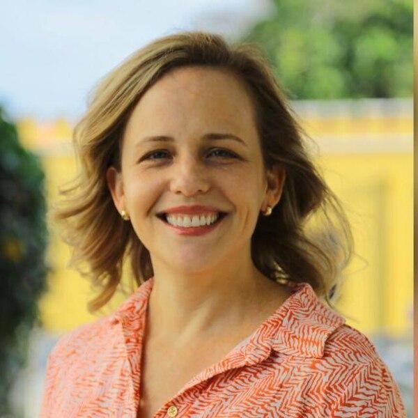 La psicóloga Catalina Crespo fue electa la mañana de este miércoles como defensora de los Habitantes, con el voto de 33 diputados.