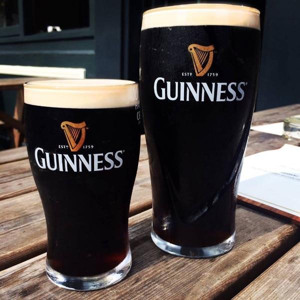 La cerveza Guinness se fabrica desde 1759. Tomada de la página de Facebook de Guinness.