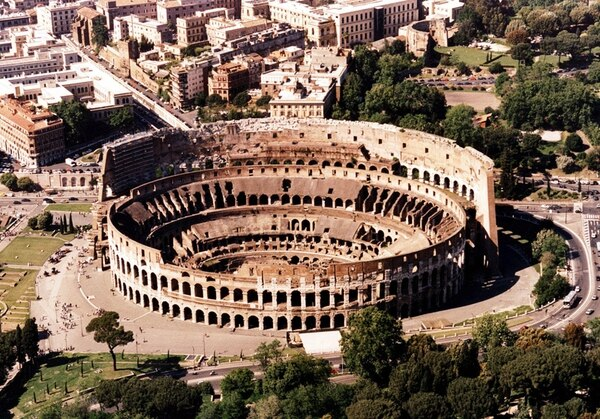 La restauración consistirá en reparar la arena del Coliseo y crear un museo donde los visitantes puedan observar las maquinarias que se movían bajo la arena para efectuar espectáculos con bestias. | ARCHIVO