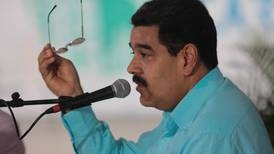 Maduro cumple tres años en el poder, y la oposición lucha por desalojarlo