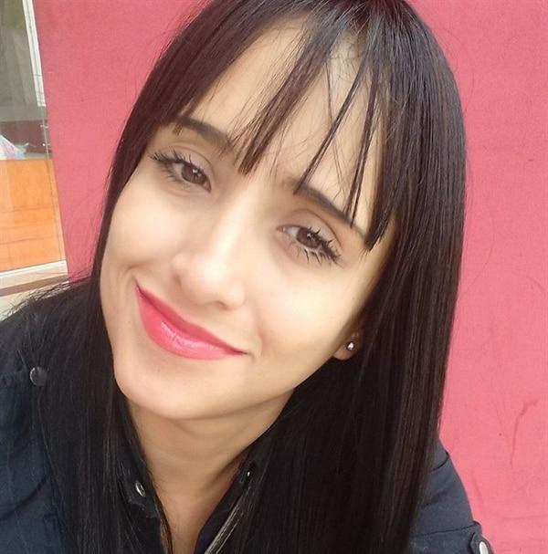 Ximena Suárez, auxiliar de vuelo.