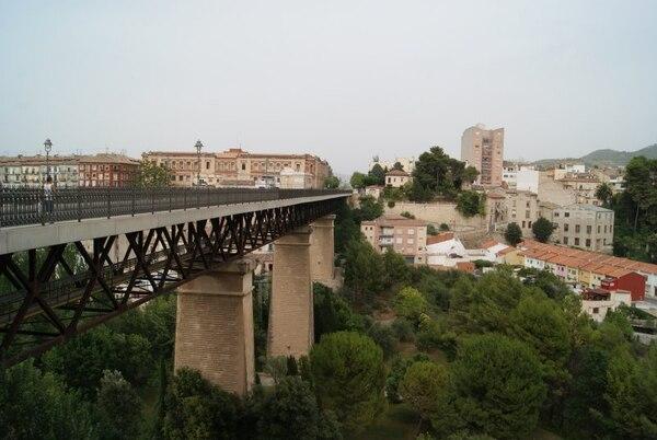 Alcoy se caracteriza por sus puentes. Hay alrededor de 20 de buen tamaño.