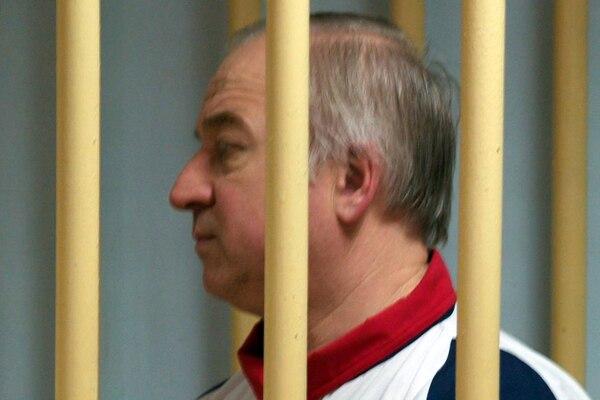 Serguéi Skripal cuando compareció ante un tribunal militar de Moscú el 9 de agosto del 2006.