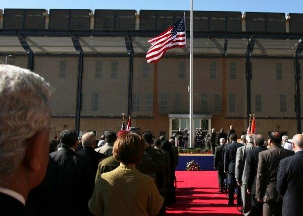 Ceremonia de inauguración de la nueva embajada estadounidense en Bagdad, el 5 de enero del 2009.