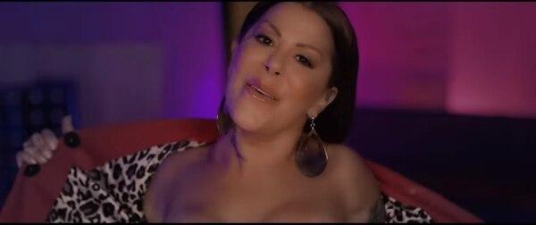 Alejandra Guzmán se muestra tal como es en su nueva canción. Foto: Captura de pantalla
