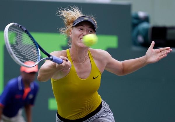 María Sharapova avanzó a cuartos de final del Master de Miami.
