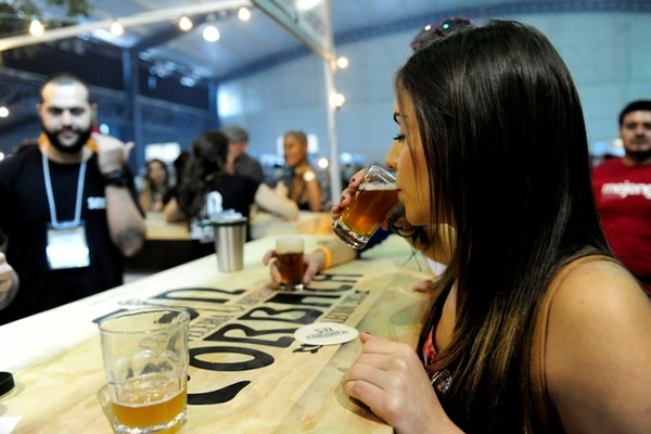 El país vive un auge del sector cervecero artesanal. LN