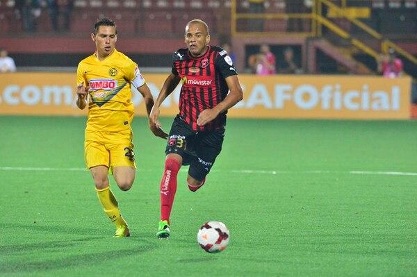 Alajuelense jugó la noche de este jueves ante el América en el estadio Morera Soto.