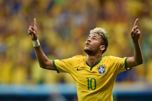Neymar anotó este lunes lunes ante Camerún en los minutos 17 y 34.