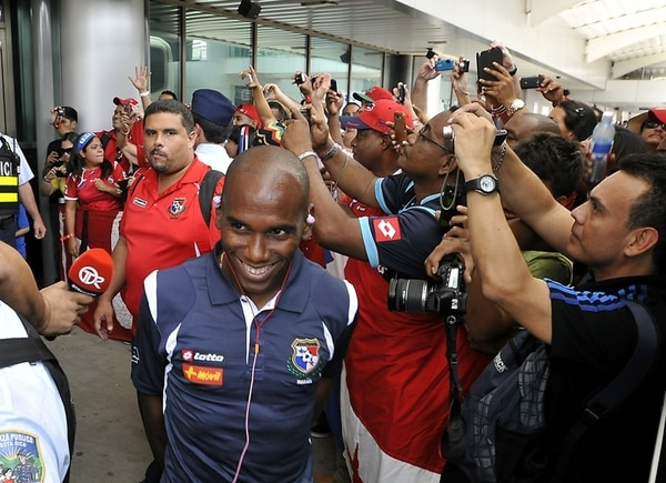 El lateral derecho de la selección panameña, Leonel Parrish, se mostró tranquilo en la llegada a nuestro país.