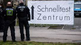 Cliente mata a joven que le pidió utilizar mascarilla para atenderlo en Alemania