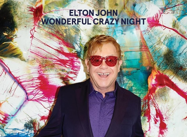 Esta es la portada del disco 'Wonderful Crazy Night' Elton John.