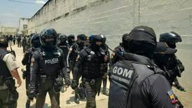 Gobierno ecuatoriano asegura que cárceles están ahora 'bajo control' de militares y policías