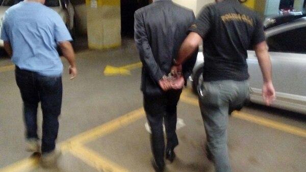 OIJ detuvo a juez que supuestamente daba información a delincuentes sobre su detención.