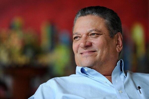 Johnny Araya retorna al PLN de la mano del candidato Antonio Álvarez.