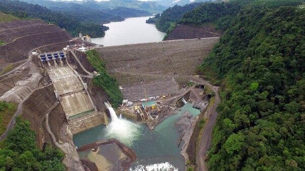 El país se ubicó en el lugar 27 en la categoría de obtención de electricidad. Nueva planta Reventazón, en Siquirres de Limón. | CORTESÍA ICE/ LA NACIÓN