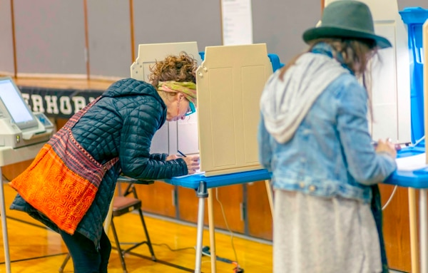 Ciudadanos votaban este martes 6 de noviembre del 2018 en Minneapolis, Minnesota.