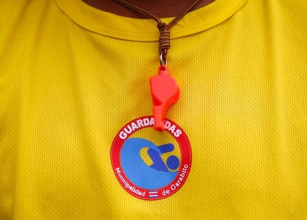 No solo en Costa Rica: De acuerdo con la Organización Mundial de la Salud (OMS), cada año los ahogamientos por sumersión se cobran la vida de 372.000 personas en el mundo. Se encuentra entre las diez causas principales de muerte de niños y jóvenes. Foto: Albert Marín.