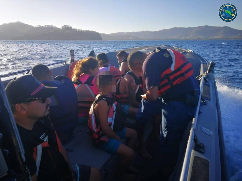 La mañana de este lunes 8 de febrero todos fueron llevados sanos y salvos hasta tierra firme por parte de Guiardacostas. Foto: MSP.