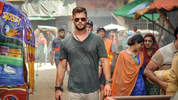 En un mundo exótico, Tyler Rake (Hemsworth) debe sortear la maldad de la mafia. No puede dar ningún paso en falso. Cortesía de Netflix