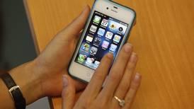 'Smartphones' amenazan el  señorío de la televisión