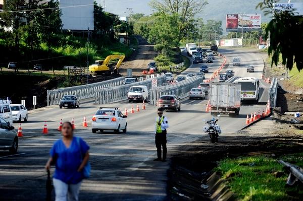 Hundimiento en Hatillo 8. Los problemas de infraestructura del país le restan atractivo para invertir. | ARCH.