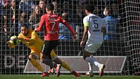 PSG manda a Keylor Navas a la banca y sufre primera derrota