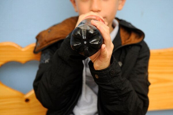 El alto consumo de gaseosas eleva la probabilidad de presentar diabetes en la edad adulta.