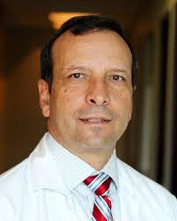 Arturo Abdelnour Vásquez, miembro de número de la Academia Nacional de Medicina. Foto: cortesía