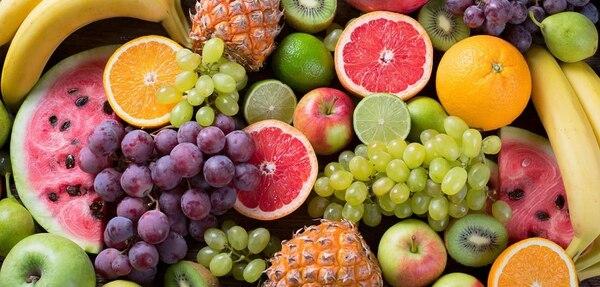 Un 28% de los consultados dijeron haber aumentado su consumo de frutas. Foto: Archivo LN.