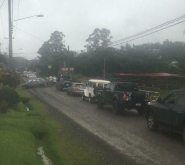 La ruta alterna que estaban utilizando los conductores también fue bloqueda. Foto: Tomada del Twitter de Jeonnathan Caseres