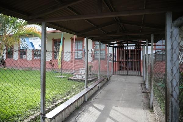 En la escuela Rafael Vargas Quirós fueron pocos alumnos a lecciones. Foto: Jeffrey Zamora