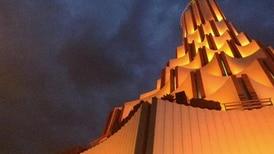 ¿Cómo es el gigantesco templo en Guadalajara de la iglesia La Luz del Mundo, cuyo líder es acusado de abusos?