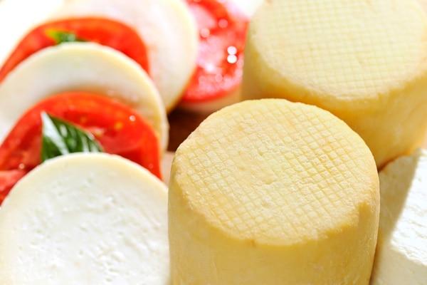 El queso puede combinarse con diferentes alimentos.