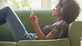 Oír música disminuye el dolor y la ansiedad