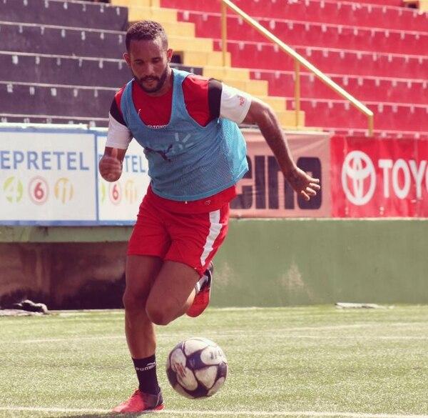 Iago Soares ha jugado muy poco en este semestre.
