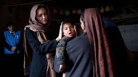 Angelina Jolie estrena cuenta en Instagram para alzar la voz por los afganos