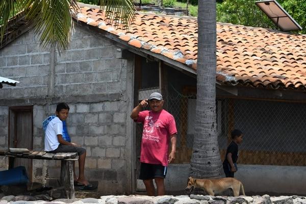 Mártir Acosta es otro pescador que vive en la isla Exposición, en el golfo de Fonseca, Honduras.