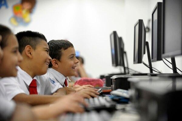 Actualmente, el MEP tiene al 92% (4.344) de centros educativos con al menos una conexión a Internet. la velocidad en el 55% de ellos (2.400) es inferior a las 2 megas por segundo. | PABLO MONTIEL/ ARCHIVO