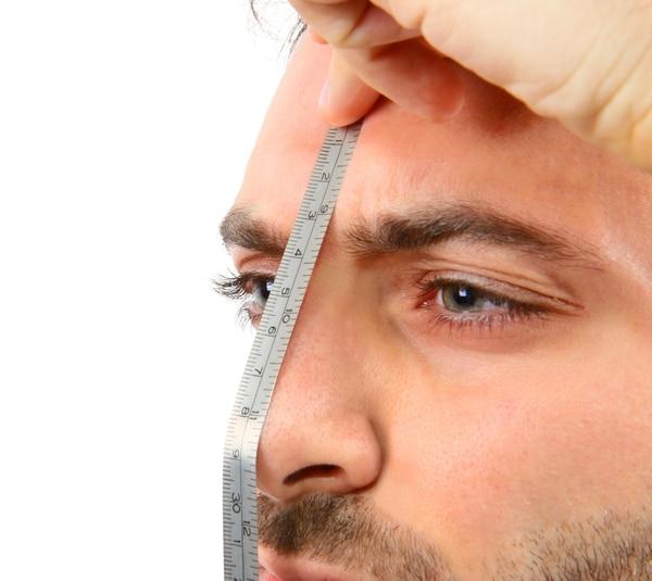 Juventud, renovación o autoestima son parte de las razones que cada vez más, seducen a los hombres al mundo de la cirugía estética.