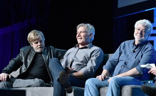 De izquierda a derecha. Mark Hamill, Harrison Ford y George Lucas recuerdan con nostalgia las grabaciones de las primeras cintas de Star Wars.