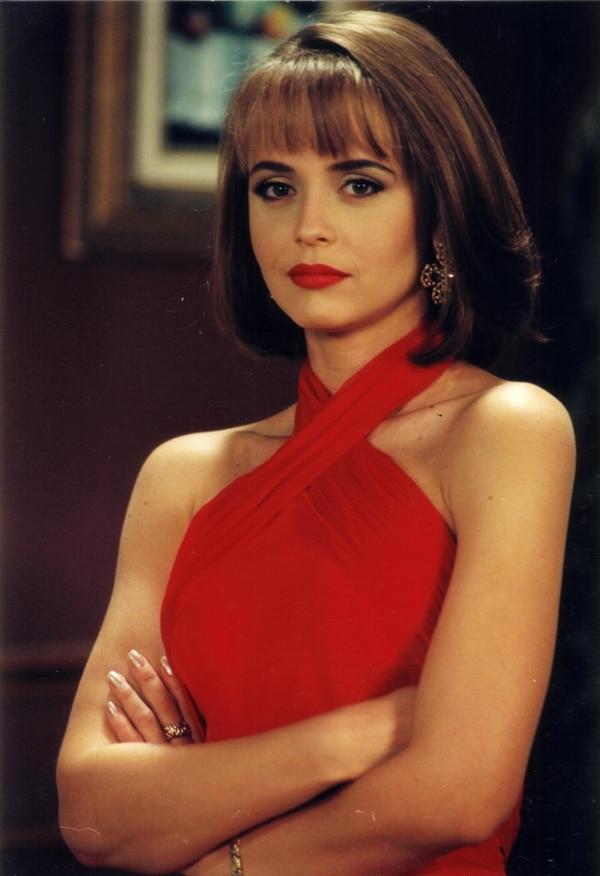 Gabriela Spanic fue la encargada de dar vida a Paola Bracho y Paulina Martínez en 1998. Foto: Archivo.