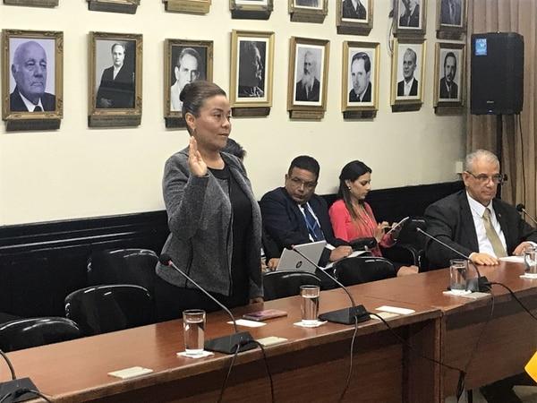 Gabriela Quiros, coordinadora judicial 2 de la Fiscalía de Probidad, Transparencia y Anticorrupción, compareció ante los diputados de la Comisión Especial Investigadora de Créditos Bancarios.