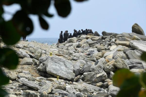 """Fuerzas militares inspeccionaron la costa cercana al puerto de La Guaira, el 3 de mayo del 2020, cuando se anunció una supuesta """"invasión"""" por mar."""